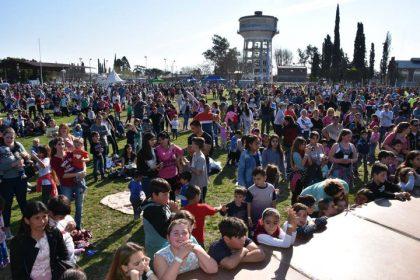 [HOY] Festejos del Día de la Niñez en el Polideportivo Municipal