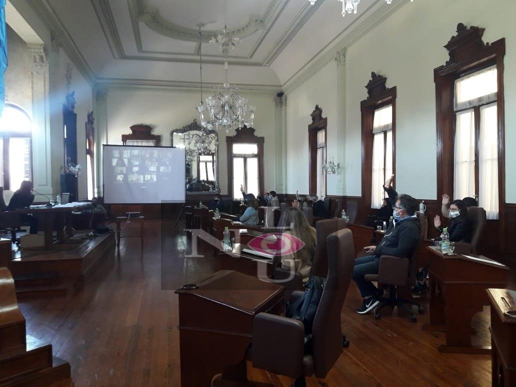 [Concejo Deliberante] Unanimidad para los decretos de multas y aumento de sueldo a empleados municipales