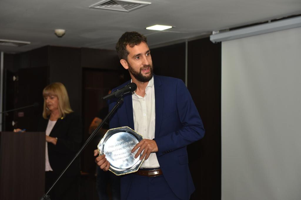 [Senado BA] Leandro Blanco fue distinguido con el premio Parlamentario