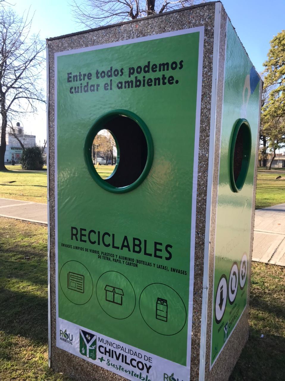 [Chivilcoy Sustentable] El Municipio instaló tres nuevos puntos limpios en distintas plazas
