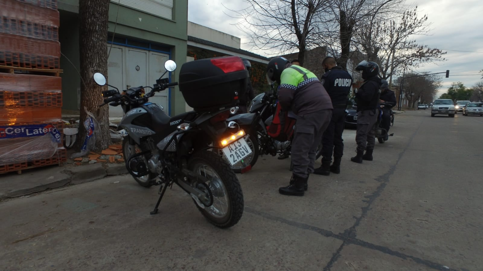 [Tránsito] Secuestro de 15 motocicletas por faltas y 2 vehículos por alcoholemia