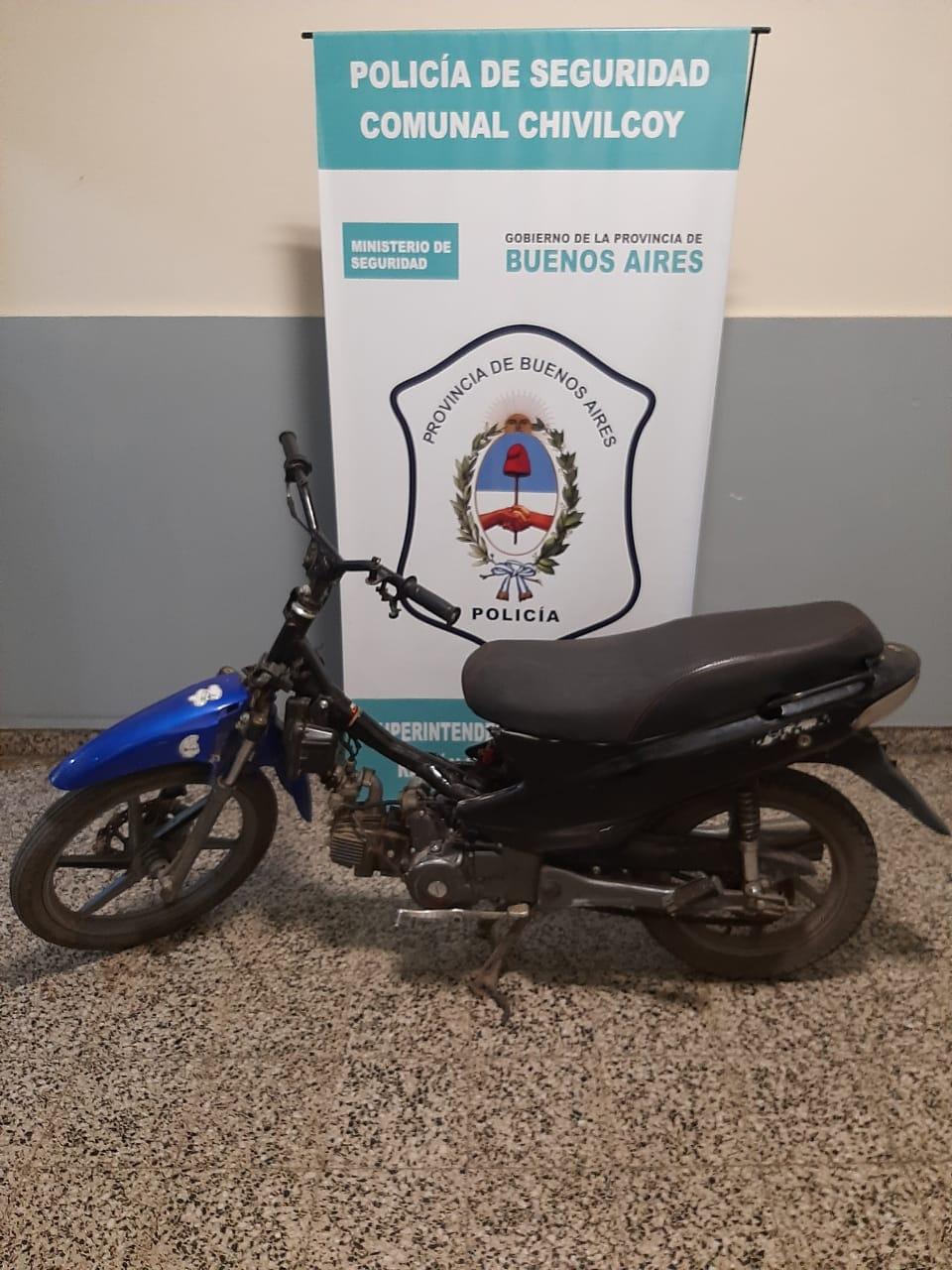 [Policiales] Dos jóvenes de 15 y 16 años aprehendidos por robo de moto
