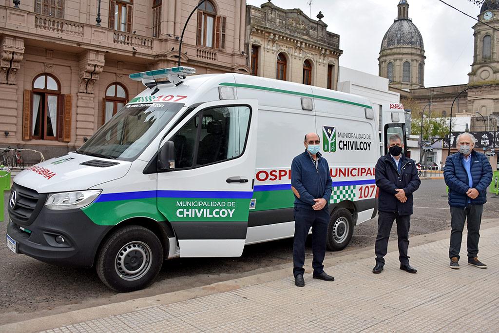 Se presentó una ambulancia de alta complejidad destinada al Hospital Municipal