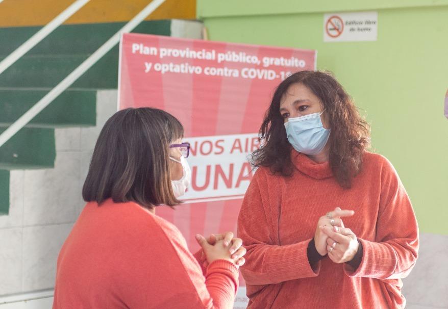 Di Nápoli anunció la vacunación libre con segunda dosis a todos los mayores de 30 años y personal de seguridad